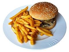 hamburger frites trop de glucides
