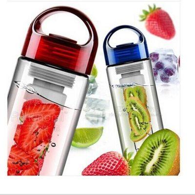 bouteille d'eau infuseur de fruits