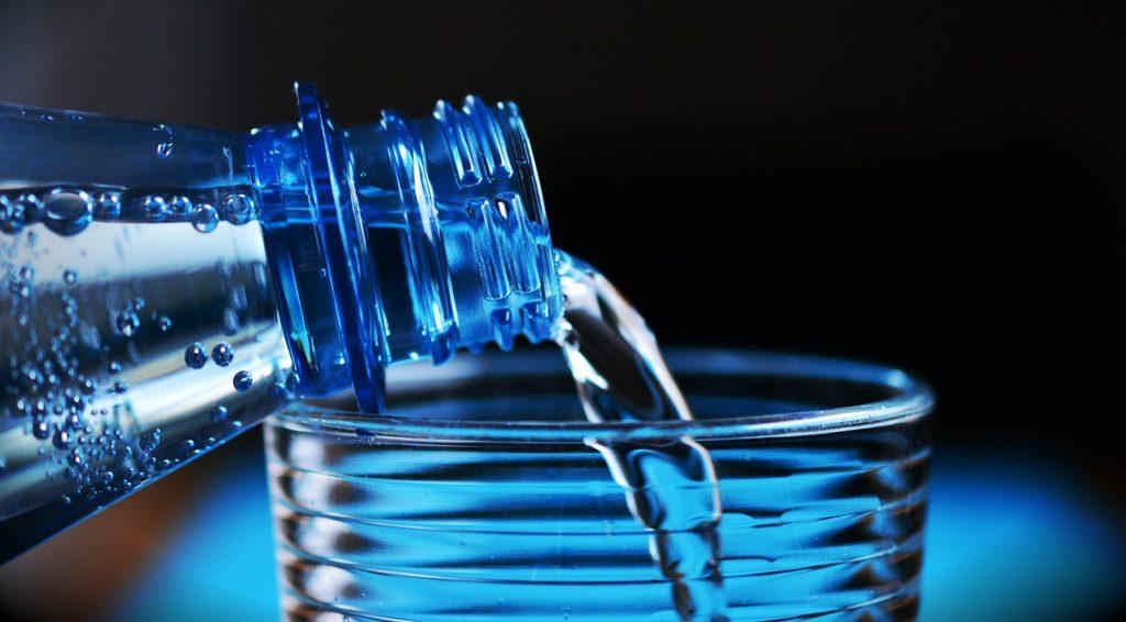 boire beaucoup d'eau pour lutter contre la cellulite
