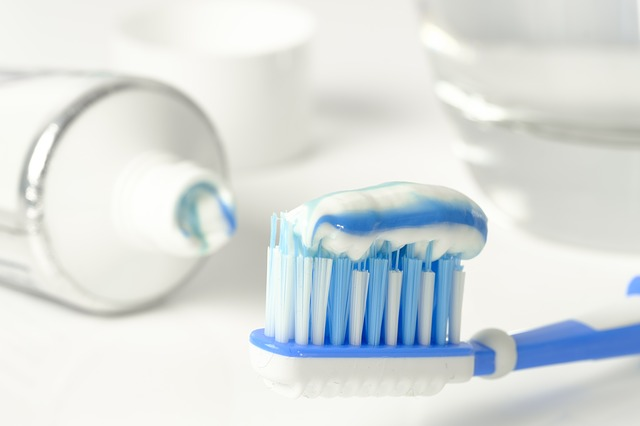se brosser les dents permet d'avoir de belles dents saines